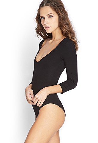 I've been wanting a bodysuit for awhile now. I think it will be the perfect layering piece. I can't wait to experiment with it!