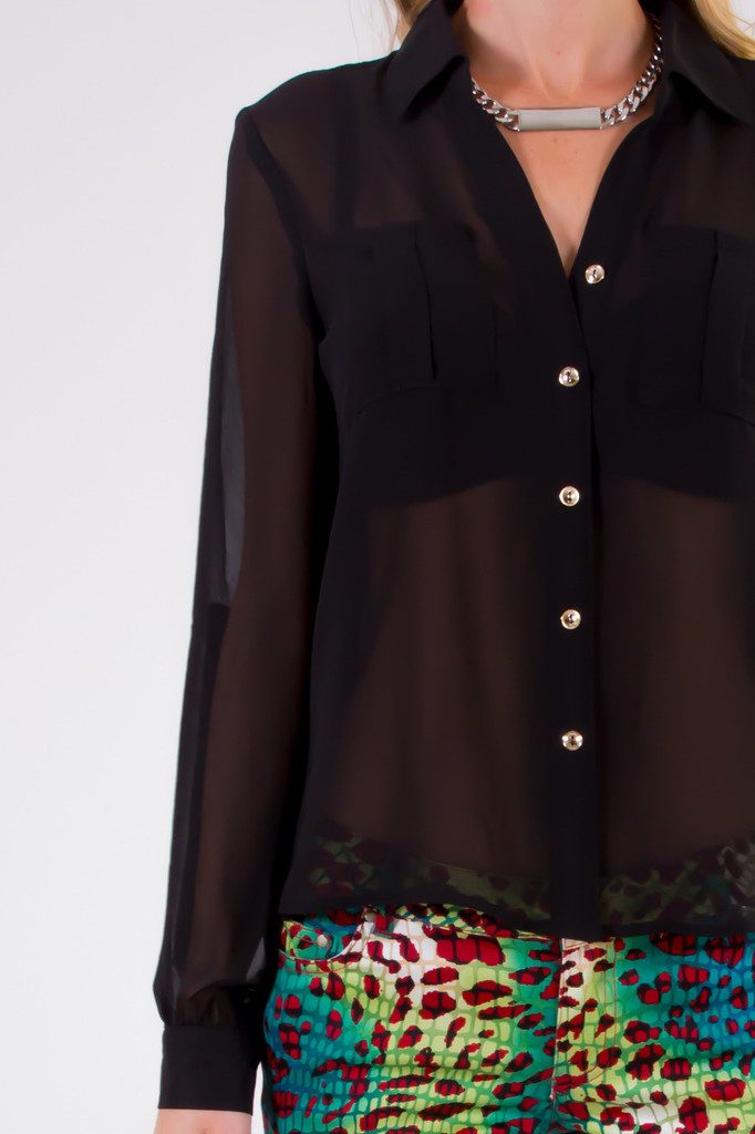 A shirt like this is a must have item, it's classic, and chic! Click the photo to purchase.