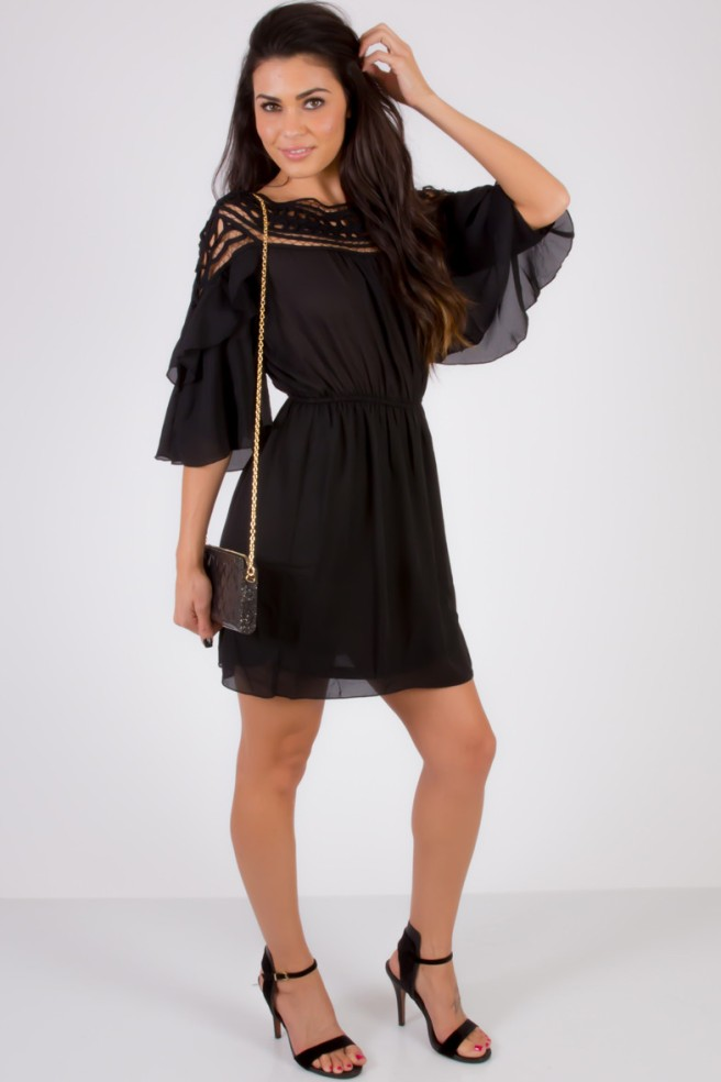 I really like this dress, the cutout detail is perfect! Click on the photo to purchase