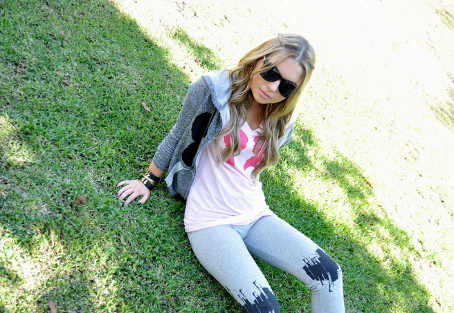 These leggings are so stylish and modern. They add style to a simple everyday outfit.